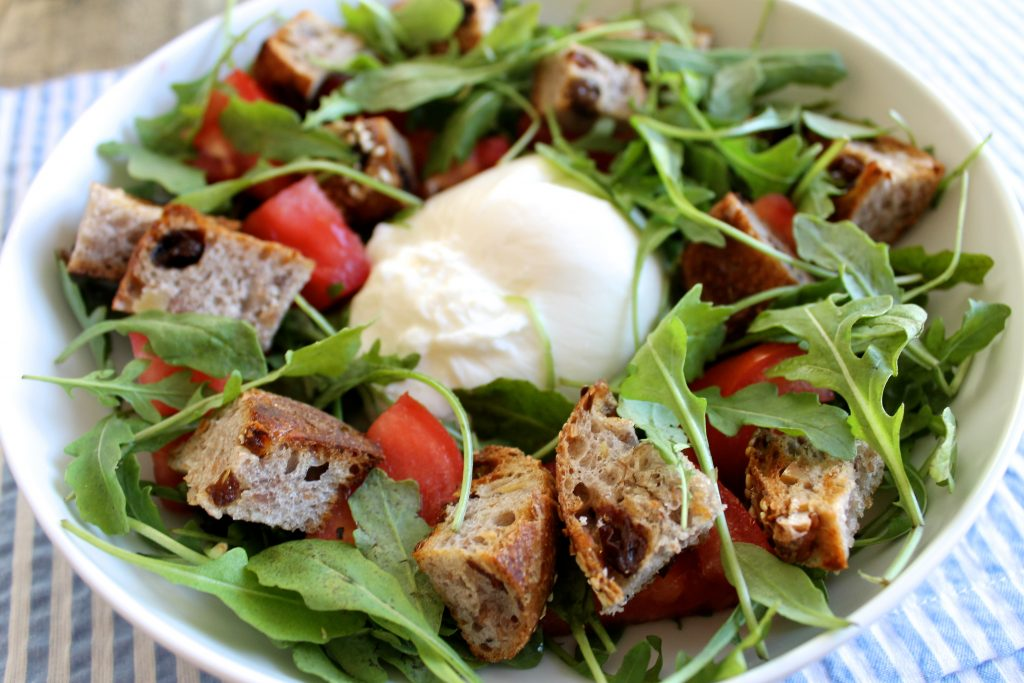 Heirloom Tomato and Burrata Panzanella Salad | littlechefbigappetite.com 4
