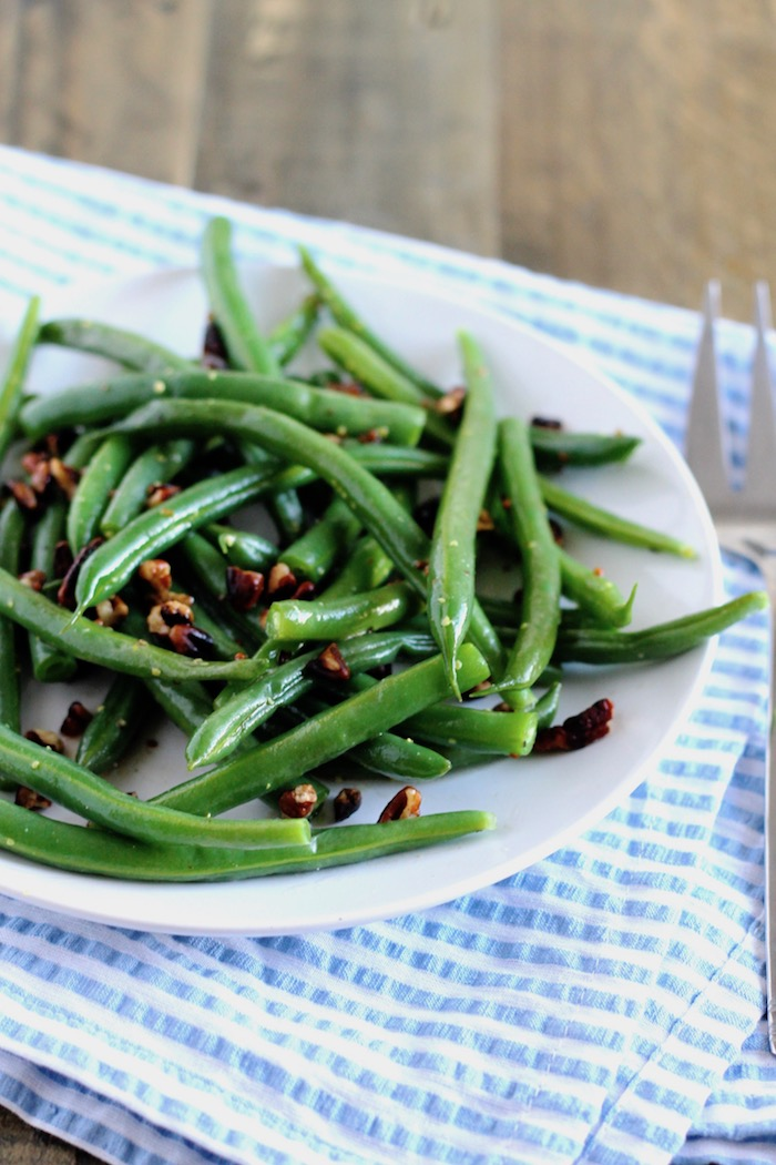 Honey Mustard Green Beans with Pecans | www.littlechefbigappetite.com 1