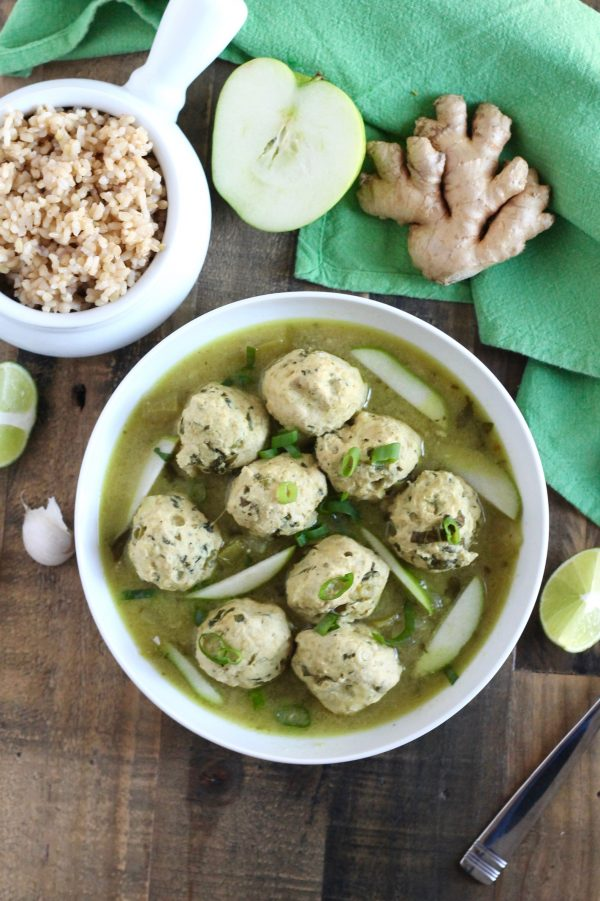 Chicken Meatballs with Green Curry and Apples ll thai-inspired and gluten-free ll www.littlechefbigappetite.com
