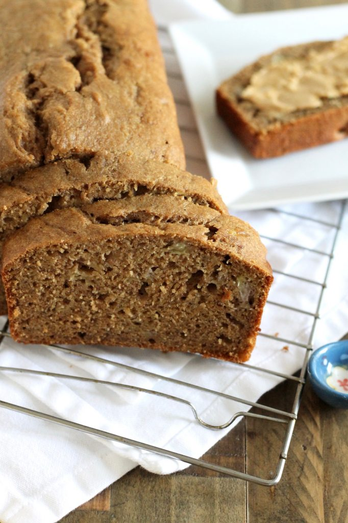 Healthy Whole Wheat Banana Bread Recipe | www.littlechefbigappetite.com 4