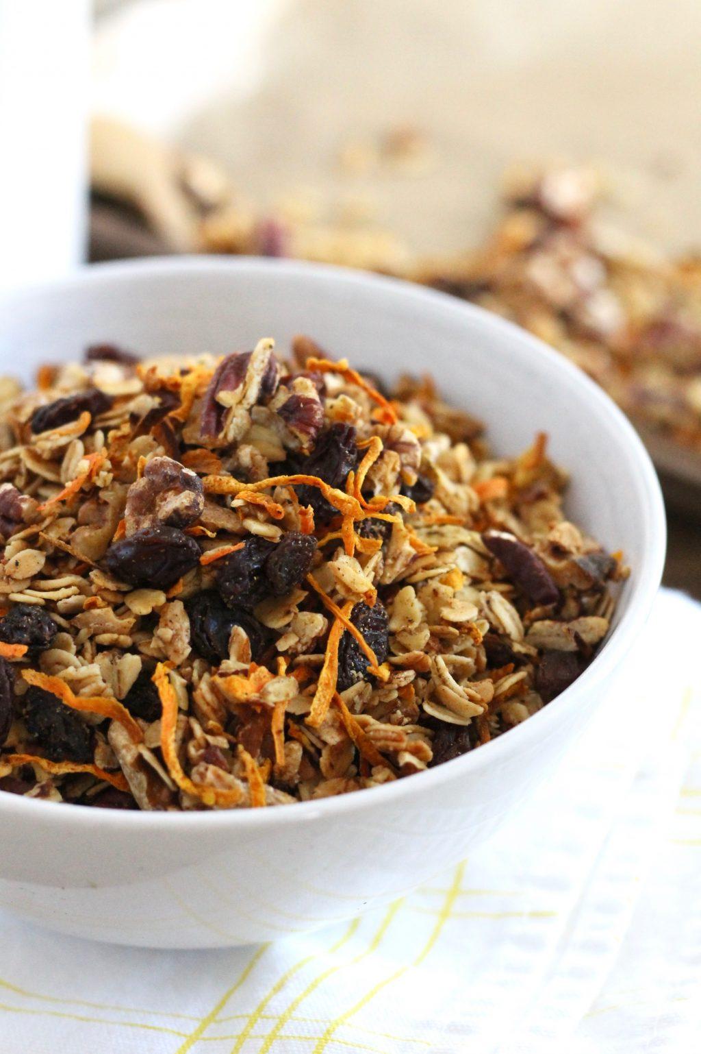 Healthy Carrot Cake Granola Recipe | www.littlechefbigappetite.com 1