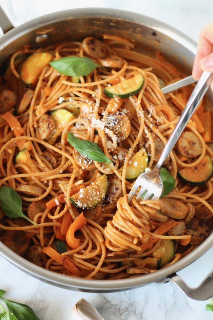 Roasted Red Pepper Pasta with Chicken Sausage and Vegetables // www.littlechefbigappetite.com