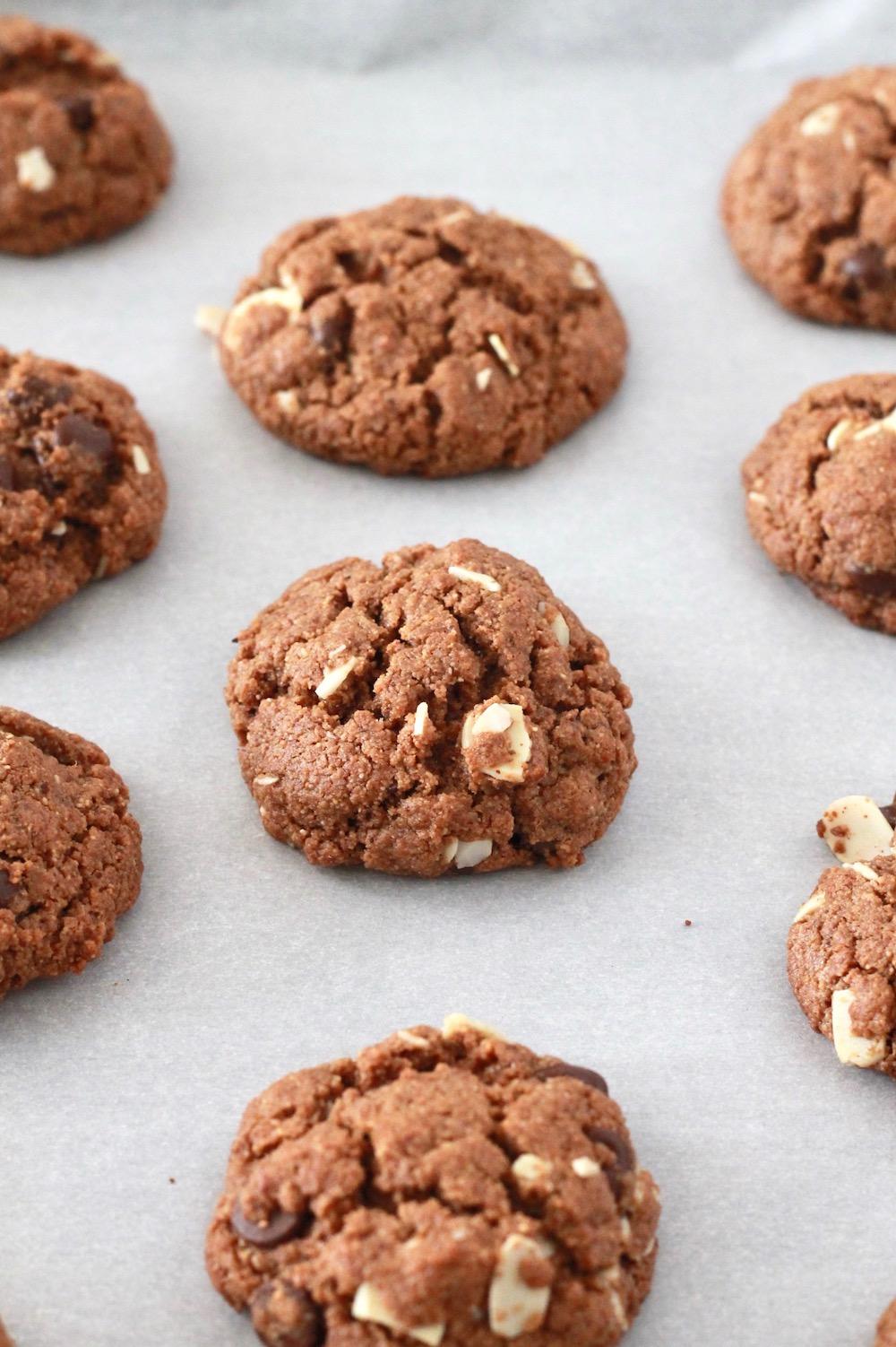 Gluten Free Almond Butter Cookies | littlechefbigappetite.com 2